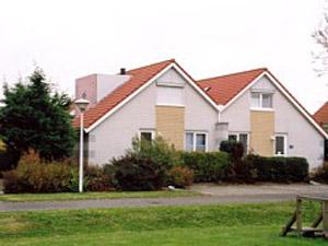 holland immobilien ferienhaus in makkum friesland. Black Bedroom Furniture Sets. Home Design Ideas